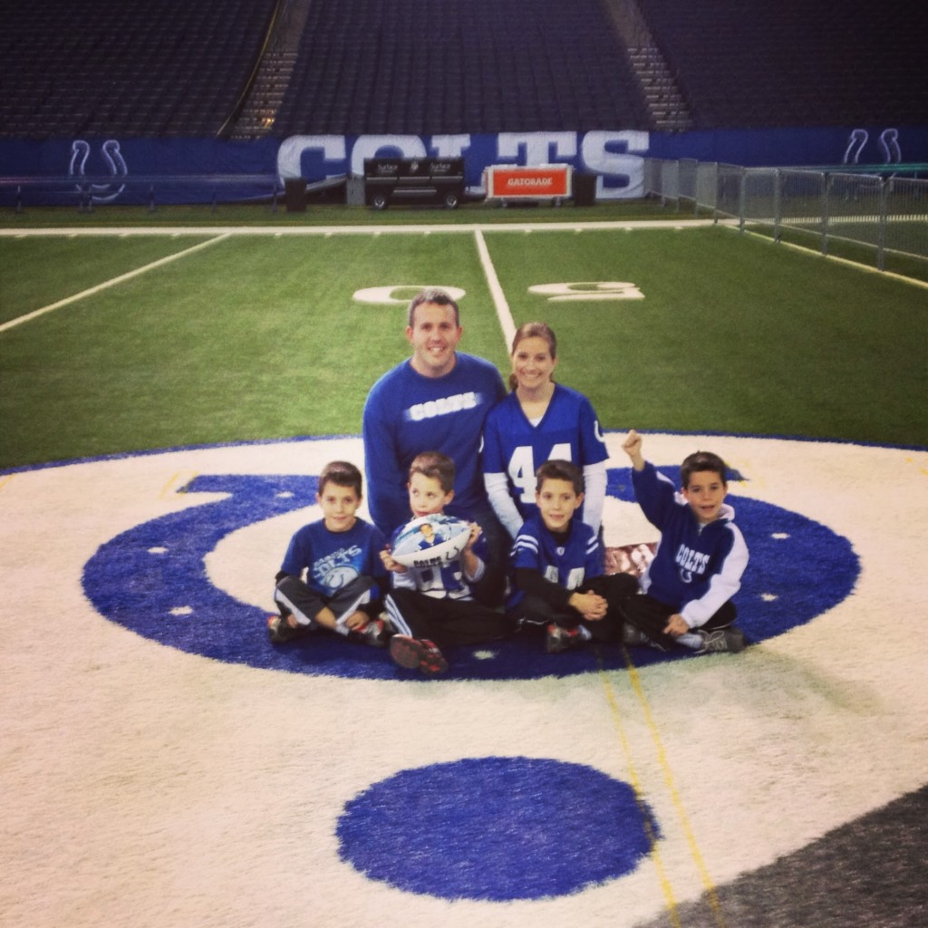 colts 50 yard line family picture
